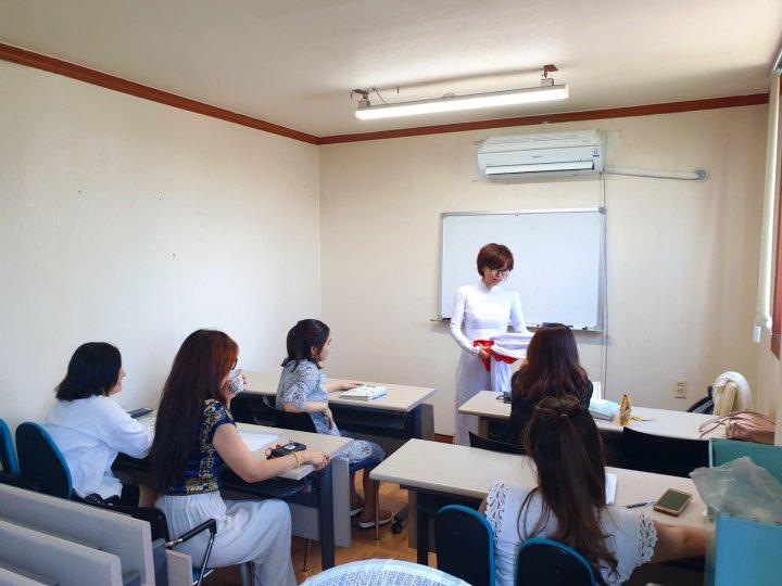 중급반 수업 2.jpg